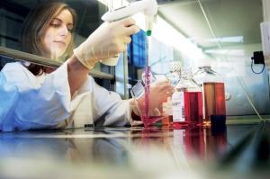 press-low-scientist_cells_0